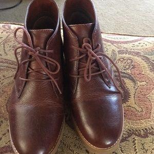 Lauren Ralph Lauren leather boots NWT 6b